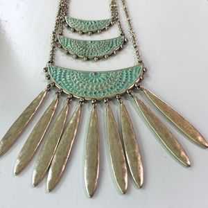 Lucky Brand Gold and Green Necklace NWOT